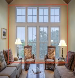 salon avec belle hauteur sous plafond